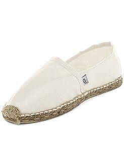 Calçado branco - Alpargatas em tecido - Kiabi