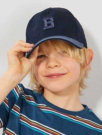 Menino 3-12 anos - Boné com letra bordada - Kiabi 0b268669efb