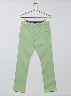 Calças chino de sarja com corte slim - Kiabi