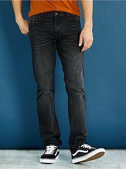 Jeans - Calças de ganga regular fit em puro algodão com pequenos rasgões