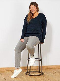 Jeans - Calças de ganga skinny com 5 bolsos efeito push-up L32
