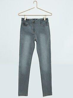 Jeans - Calças de ganga skinny com cintura subida