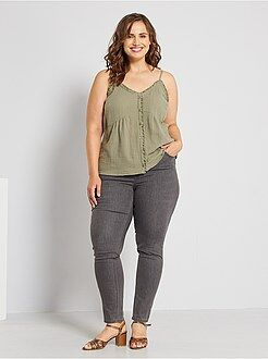 Jeans - Calças de ganga skinny efeito push-up