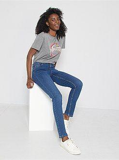 Jeans - Calças de ganga slim com cintura super alta - Comprimento US 30