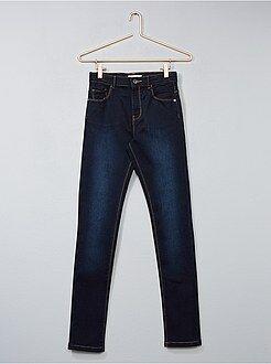 Jeans - Calças de ganga slim fit elásticas