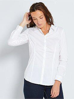 Camisas - Camisa cintada em popelina elástica - Kiabi