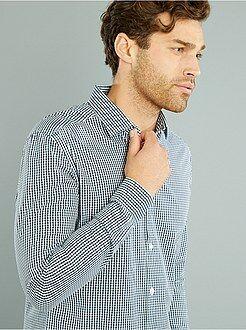 Camisa em popelina corte justo