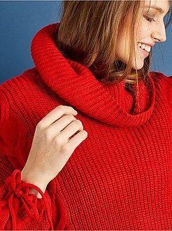 Camisola - Camisola de gola alta e mangas em bola
