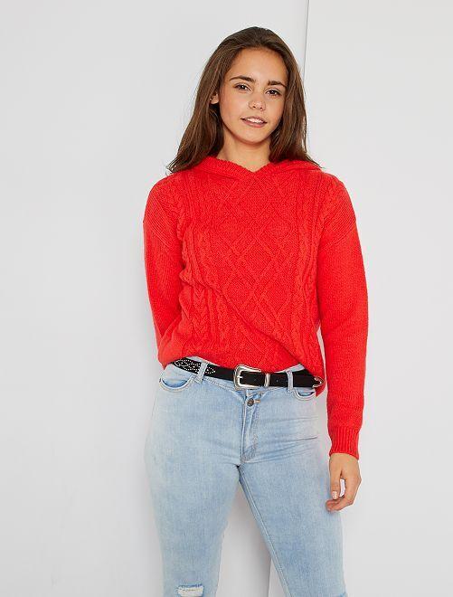 Camisola  vermelha com capuz                             ROXO