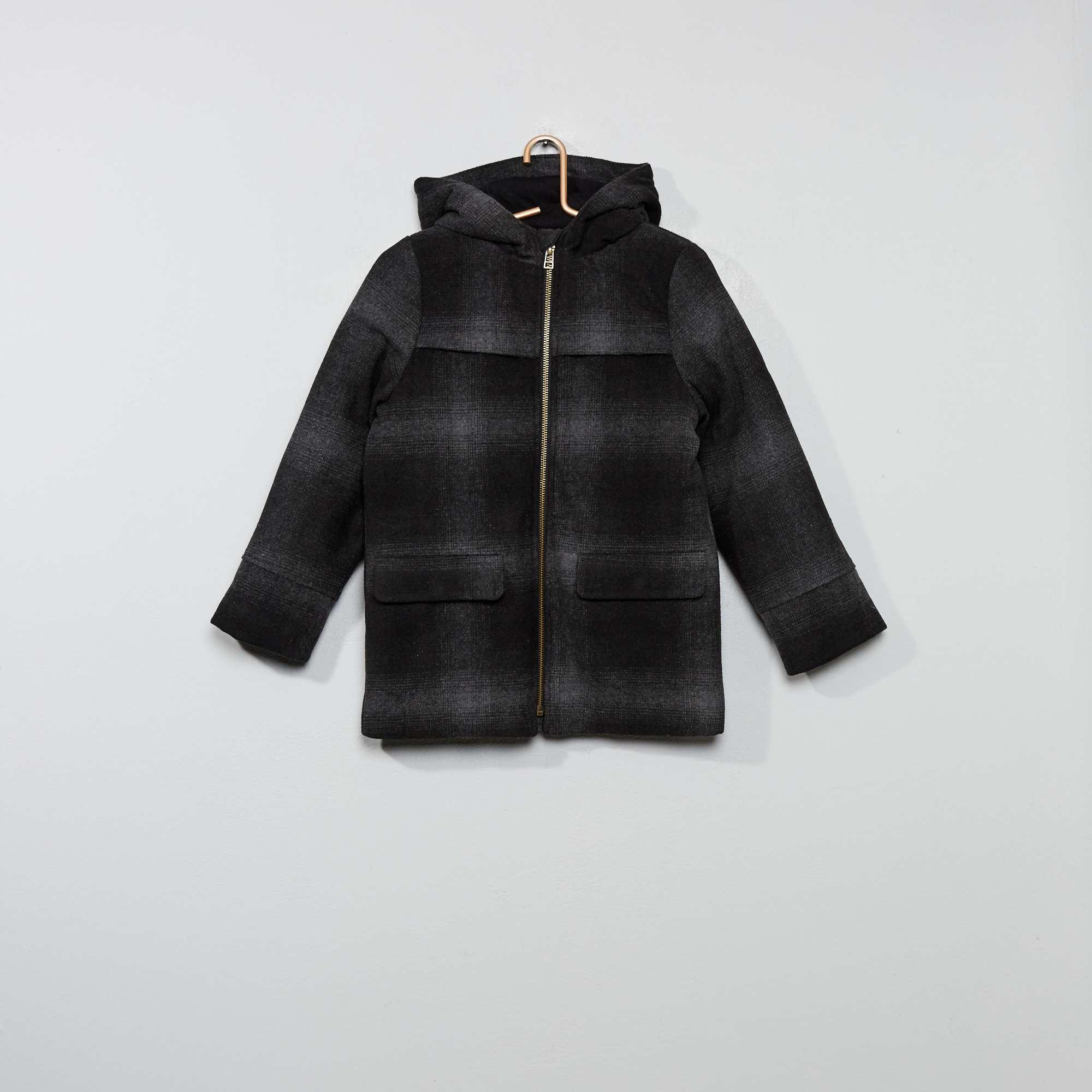 Resultado de imagem para imagem de um casaco para colorir
