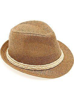 Chapéu panamá com bordo curto