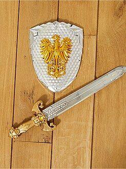 Acessórios - Conjunto de espada e escudo de cavaleiro - Kiabi