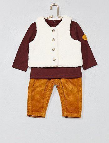 Conjunto t-shirt + colete + calças - Kiabi