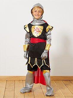 Fato de cavaleiro