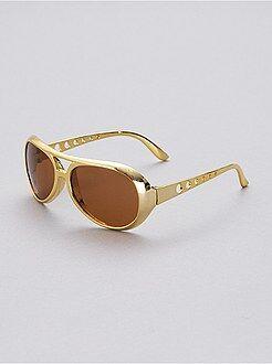 Homem Óculos à Elvis