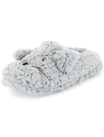 Pantufas tipo chinelas em sherpa - Kiabi