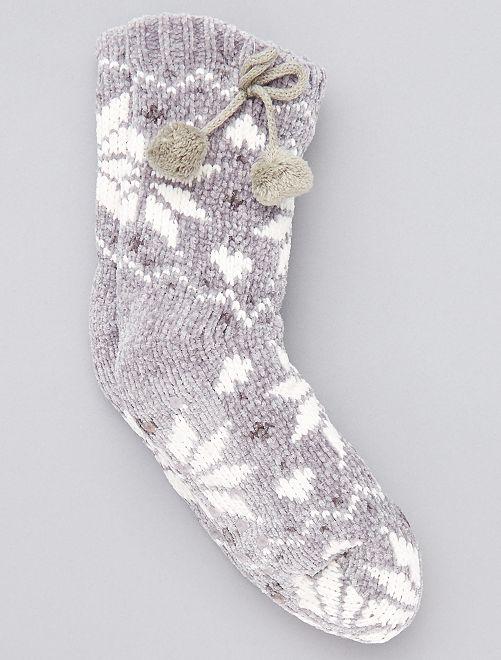 Pantufas tipo meias forradas                             CINZA