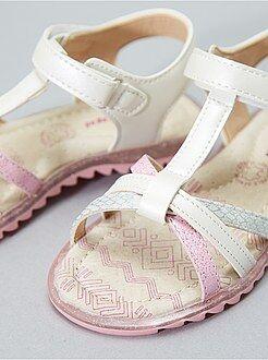 Sandálias com velcro - Kiabi
