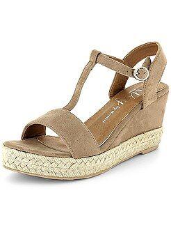 Calçado marrom - Sandálias compensadas de camurça - Kiabi