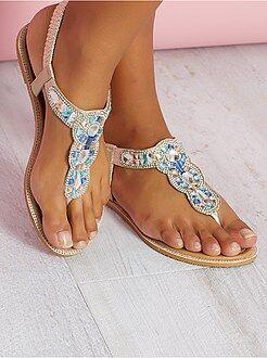 Sandálias rasas - Sandálias em pele sintética com detalhes na tira - Kiabi