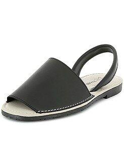 Sandálias maiorquinas em pele - Kiabi