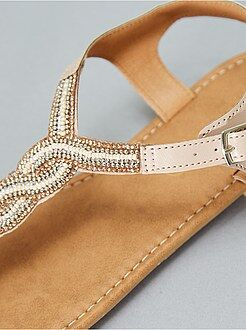 Calçado tamanho 40 - Sandálias rasas com pérolas - Kiabi