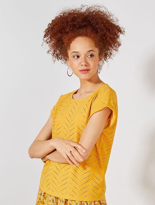 T-shirt em malha ajurada fantasia                                                                 Amarelo Mulher do 34 até 48
