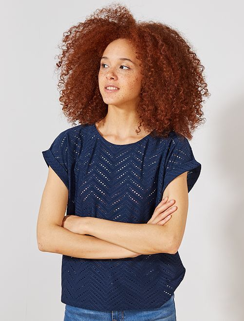 T-shirt em malha ajurada fantasia                                                                 Azul Marinho Mulher do 34 até 48