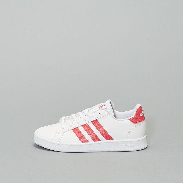 Ténis 'Adidas' brilhantes