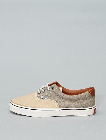 b4c19e2d2 Várias marcas e modelos de calçados para mulher