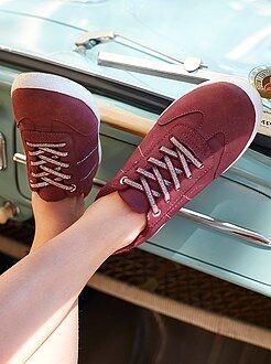 Calçado, pantufas - Ténis rasos em pele sintética