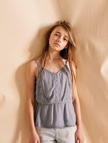 e0547cacd4ba3 Soldes vêtements enfant fille - mode fille - chaussures, robes, jeans pas  chers   Kiabi