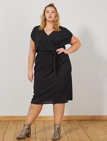 c4e43270a5 Mulher tamanhos grandes - Vestido estilo trespassado - Kiabi