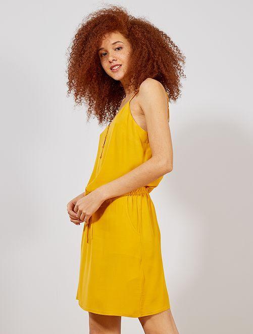 63edde2a14 Vestido soltinho com alças finas reguláveis Amarelo Mulher do 34 até 48